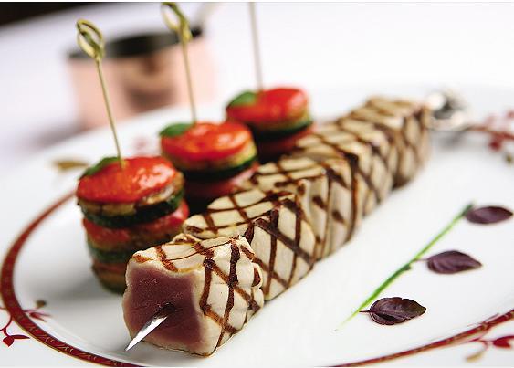 Ejemplos de montajes gourmet marketing gastronomico for Decoracion de platos gourmet pdf